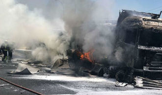 Cortan la A-2, en la provincia de Guadalajara (a la altura de Trijueque) por el incendio de un camión