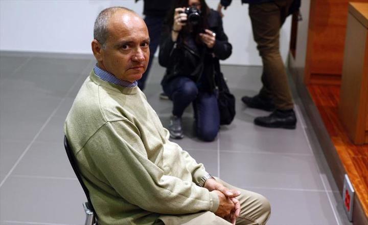 4 años de cárcel para el ex jefe de Tráfico de Zaragoza por grabar bajo las faldas a sus compañeras