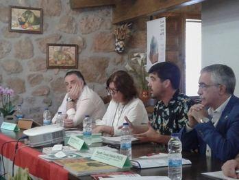 IU Guadalajara participa en las Jornadas sobre Despoblación celebradas en Camprovín en La Rioja