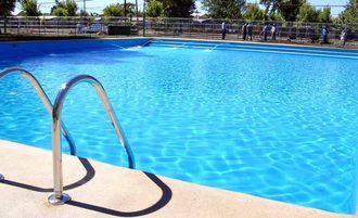 Un niño de 2 años, grave en el Hospital tras caer a una piscina en Toledo