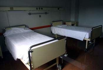 Denuncian que hay pueblos de Castilla La Mancha 'sin médicos' y plantas de hospitales cerradas