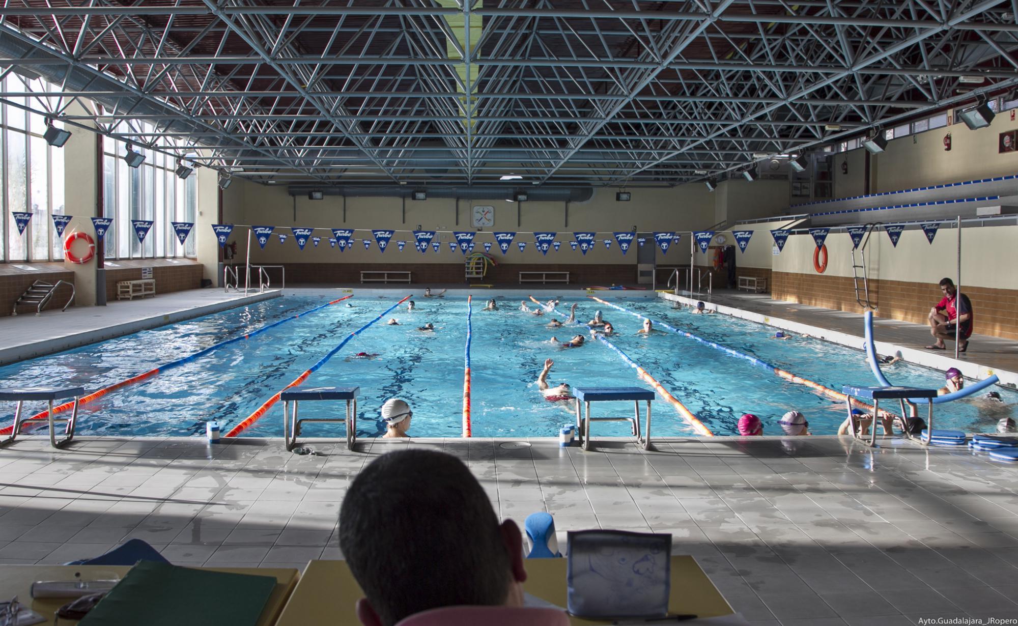 a partir del lunes 17 de septiembre abre la piscina