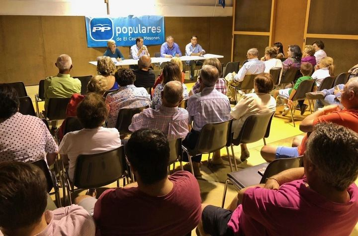 """Núñez en El Casar: """"Quiero dar al PP de Castilla-La Mancha todo el impulso político que Casado ha dado al partido en España"""""""