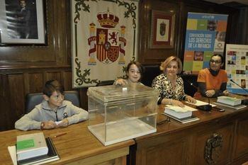 Alovera, único municipio en Castilla La Mancha que recibe la 'Mención de Excelencia como Ciudad Amiga de la Infancia'