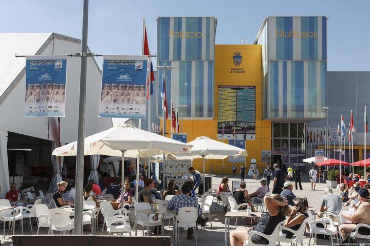 Más de 1.200 deportistas participan en los Campeonatos Europeos de Badminton Senior en Guadalajara