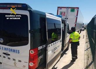 Investigan al camionero que tuvo un accidente en Guadalajara y sextuplicaba la tasa de alcohol