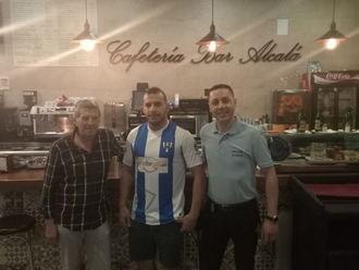 Juan Rojo firma con el Hogar Alcarreño