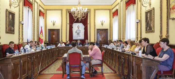 Relación de acuerdos adoptados en el pleno celebrado este viernes en el Ayuntamiento de Guadalajara