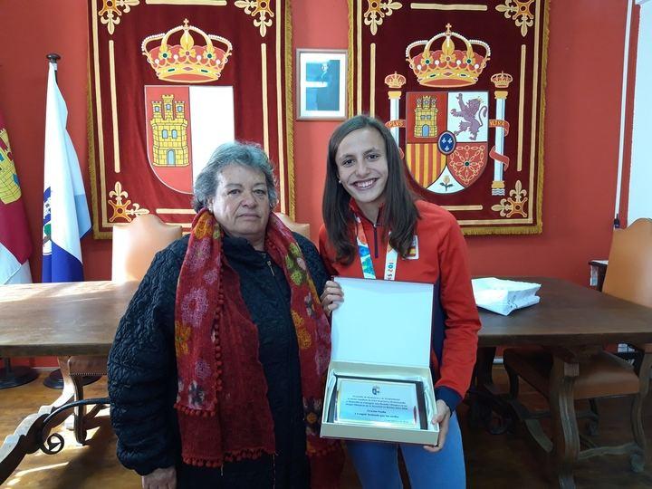 El pueblo de Romancos rinde homenaje a la deportista alcarreña Noelia de las Heras
