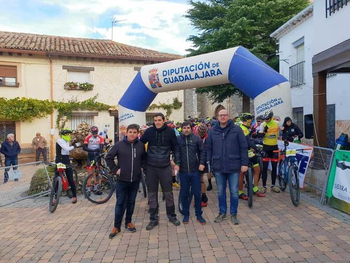 Fernando Baraza se impuso en el MTB Desafío de la Torrecilla celebrado en Arbancón