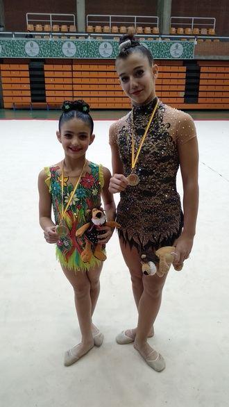Lizi Labadze y Lucía Sáenz, dos campeonas regionales para el Club Rítmica Infantado