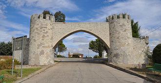 Los vecinos de Las Castillas reclaman al Ayuntamiento de Torrejón del Rey que arregle sus calles