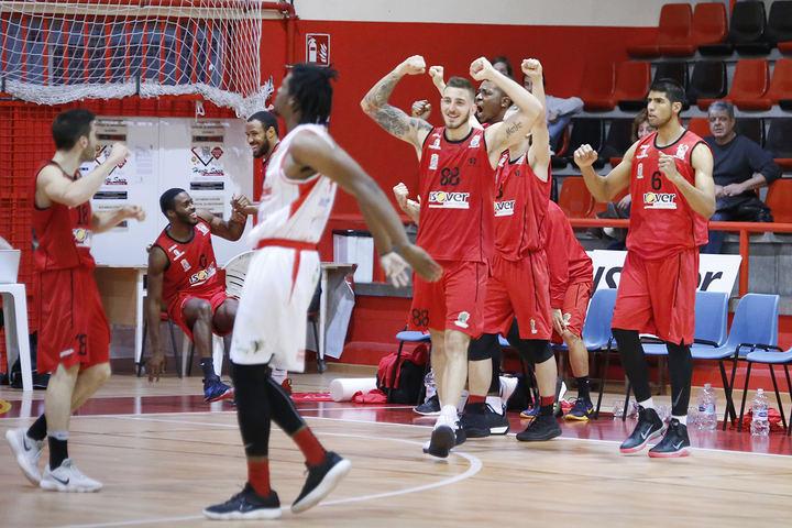 El Isover Basket Azuqueca quiere seguir la racha en Girona