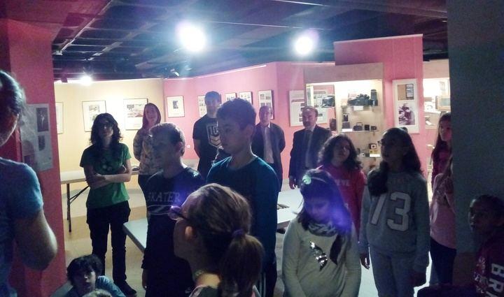 Un centenar de alumnos del CEIP Río Tajo visitan el Centro de la Fotografía Histórica de la Diputación