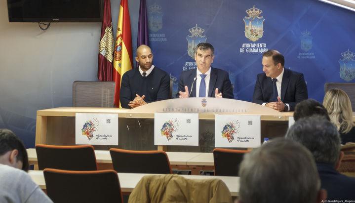 Antonio Román anuncia importantes descuentos para los jóvenes de Guadalajara en actividades culturales y deportivas
