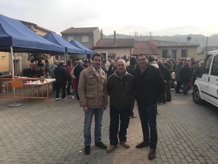 """Robisco asegura en Henche que Castilla-La Mancha """"necesita políticas nuevas"""" para combatir la despoblación de las zonas rurales"""