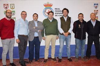 Paco Núñez muestra el apoyo rotundo del PP a la caza, que mueve al año más de 600 millones de euros y genera más de 24.000 empleos