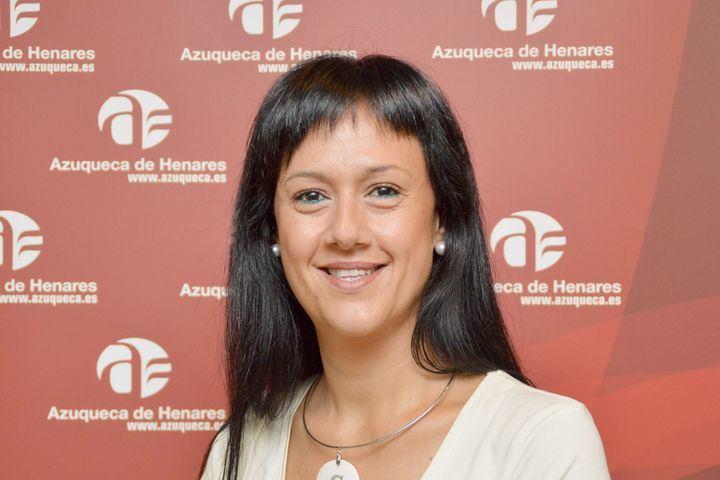"""Silvia García: """"Estamos cansados de que el alcalde de Azuqueca de Henares gobierne desde la falta de respeto a la oposición y a los vecinos"""""""