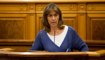 Ana Guarinos exige a Page que ponga solución a la lista de espera de mujeres que han sufrido cáncer y esperan una reconstrucción mamaria
