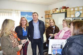 Manos Unidas recibe más de 1.000 euros del mercadillo solidario de la Asociación 'Mujeres del 2000' de Yebra