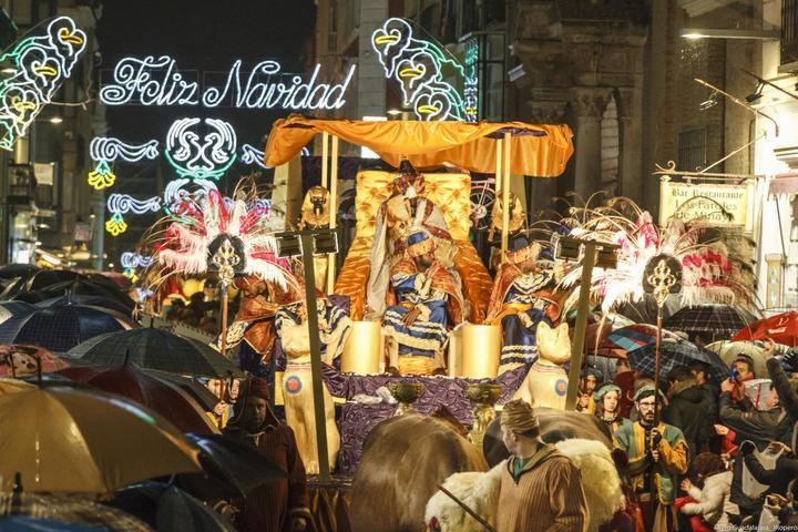 Ocho carrozas, más de 350 figurantes, 100 animales, música y bailes acompañarán a Melchor, Gaspar y Baltasar en la Cabalgata de Reyes de Guadalajara