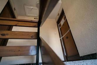 Encuentra un cadáver dentro de una maleta en una habitación que había alquilado en Zaragoza