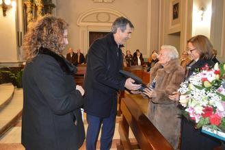 El alcalde felicita a una vecina de Guadalajara por su 100 cumpleaños