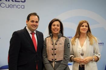 Paco Nuñez presenta a Luz Moya como candidata del PP a la alcaldía de Cuenca