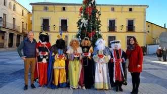 Los Reyes Magos llevan regalos y alegría a Pareja, Cereceda y Casasana