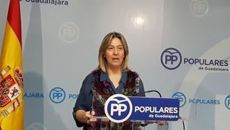 """""""El PP tiene unos principios firmes desde los que defiende la unidad de España y la libertad frente a una izquierda que quiere imponer un pensamiento único"""""""