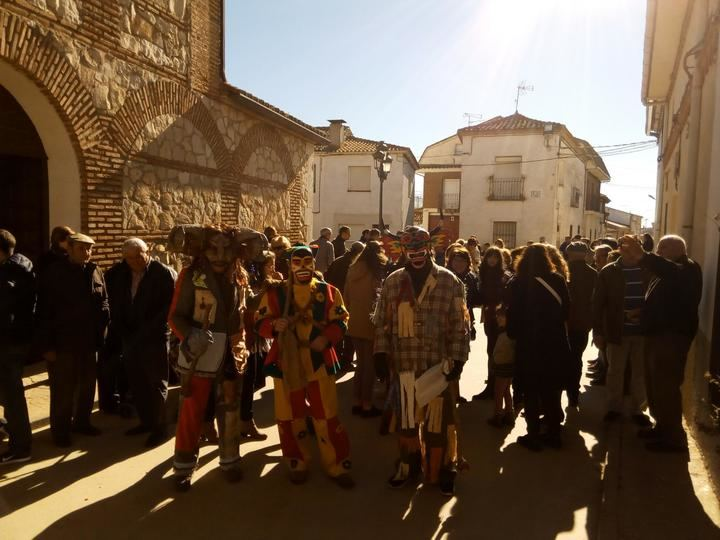 La botarga de Málaga del Fresno volvió a salir a a calle por la Virgen de la Paz