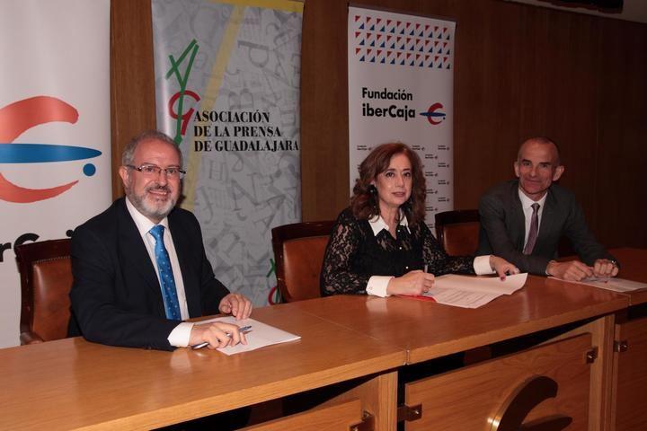 Ibercaja y la Asociación de la Prensa de Guadalajara renuevan su convenio anual