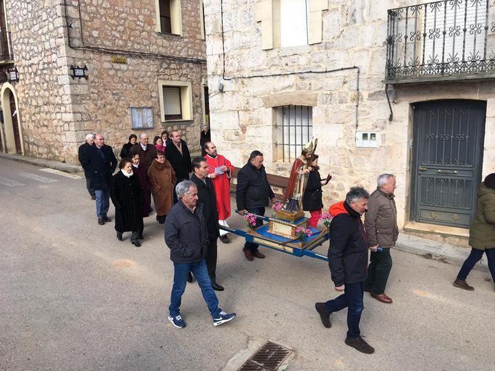 San Blas se sobrepuso al frío para celebrar la fiesta patronal de Cabanillas del Campo