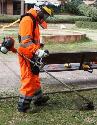 Actuación integral de limpieza y mantenimiento en la zona entre calle Chorrón-calle San Isidro y calle Zaragoza-avenida de Aragón