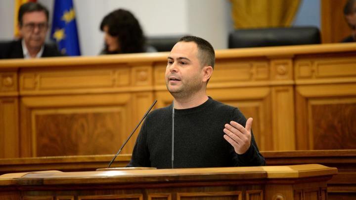 El diputado regional de Podemos por Guadalajara pide que se abra expediente a Molina y Díaz por difamarle