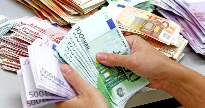 Detienen a una persona en Azuqueca por apropiarse de más de 19.000 euros de una empresa mediante engaño