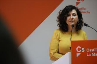 """Orlena de Miguel: """"Hoy es un buen día para España, hoy se devuelve la voz al pueblo tras esta legislatura fallida"""""""