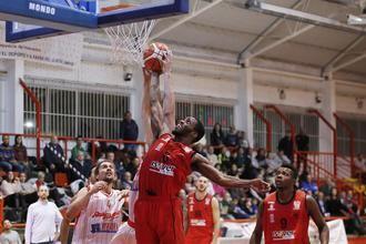 Isover Basket Azuqueca cierra la primera fase en L´Hospitalet