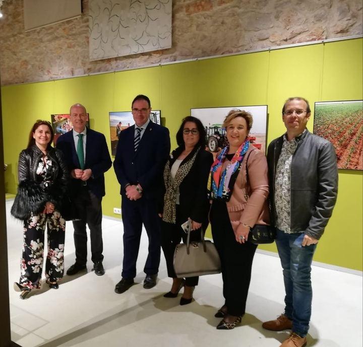 """Prieto califica de """"recurso más que necesario"""" el recién inaugurado Museo Etnográfico y del Ajo de Las Pedroñeras"""