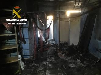 La Guardia Civil detiene a dos menores como presuntos autores de un incendio en el club social de Sotolargo en Valdeaveruelo