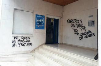 La sede del PP en Cuenca amanece este viernes con pintadas feministas