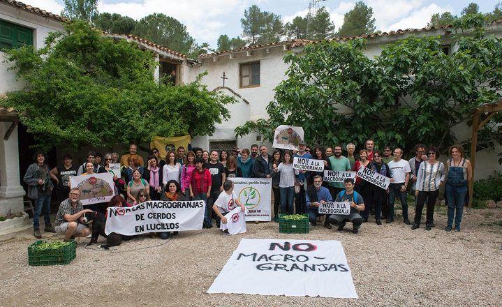 Stop Macrogranjas Comarca de Molina considera 'indecente' la visita del consejero de Agricultura de Page a Luzón