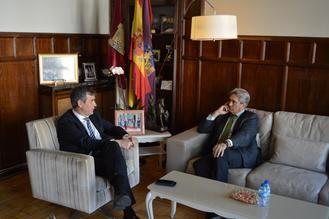 Encuentro entre el alcalde de Guadalajara y el rector de la Universidad de Alcalá de Henares
