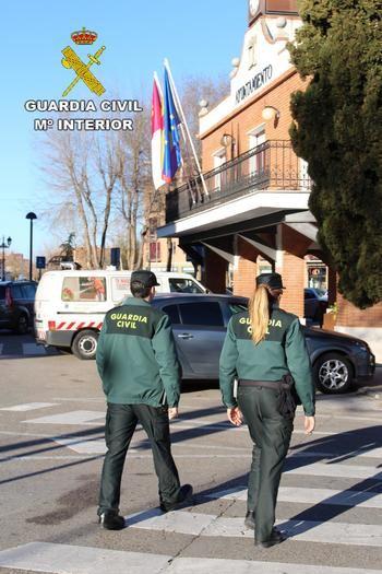La Guardia Civil de Guadalajara investiga a una persona por simular que le habrían robado 1.000 euros y cobrar así del seguro