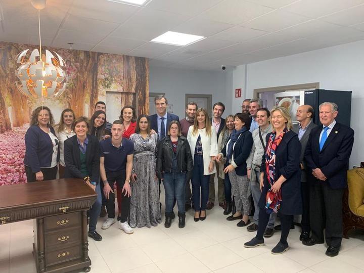 """En la visiita a AFAUS de Guadalajara : """"La prioridad del Partido Popular es la Política Social con mayúsculas"""""""