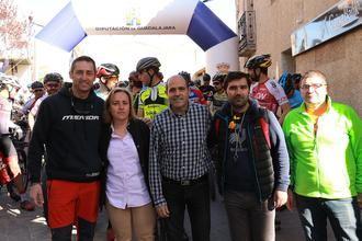 Fernando Baraza y Eva García se imponen en la XI Ruta de Las Aliagas en Peñalver