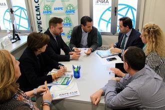 Paco Núñez se reúne con los representantes del ANPE en Guadalajara