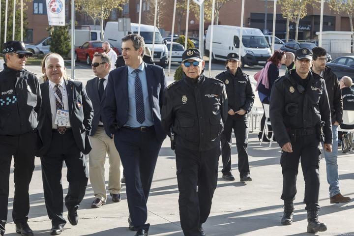 El alcalde de Guadalajara supervisa los dispositivos de seguridad y organizativos del Campeonato de Europa de Karate