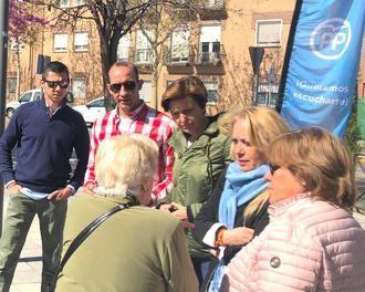 """El barrio azudense de 'Las 200' traslada su indignación por """"el abandono de los espacios públicos por parte del Ayuntamiento"""""""