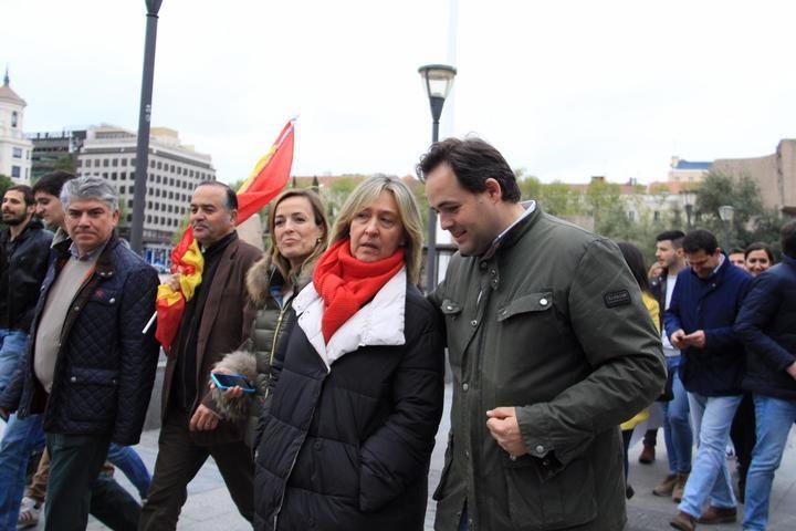 Guarinos, Román y Paco Nuñez con una amplia respresentación del PP de CLM en la manifestación de 'La revuelta de la España vaciada', en Madrid